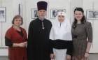 В галерее «Соборная» открылась выставка фотографий о благотворительности